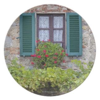 Flower box on window plate