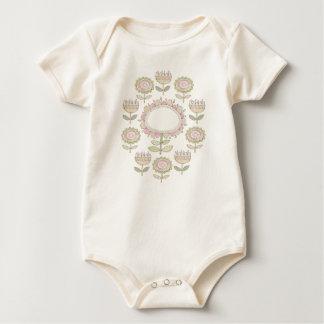 flower circle baby bodysuit