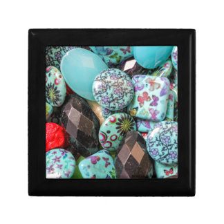 flower on stones small square gift box