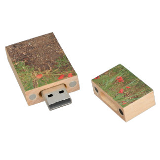 Flowerbed of Poppies, Nature USB flash drive Wood USB 2.0 Flash Drive