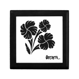Flowered trio… small square gift box