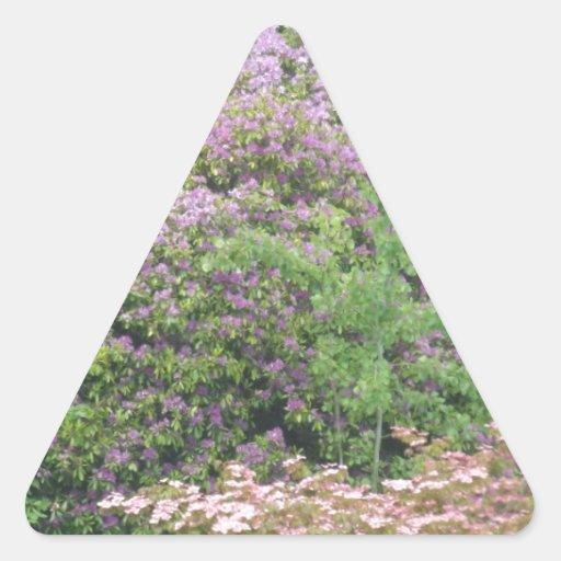 Flowering Bush Triangle Sticker