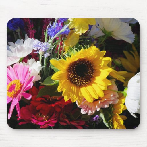 Flowers at the farmers market mousepad