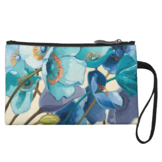 Flowers in Different Shades of Purple and Blue Wristlet