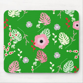 Flowers, leaves and little pelicans mouse pad