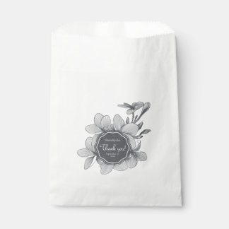 Flowers Plumeria (monochrome)White Favor Bag