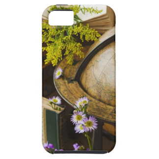 Flowers with antique globe and books case for the iPhone 5