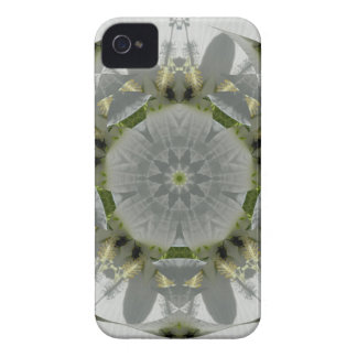 Flowery Bee iPhone 4 Cover