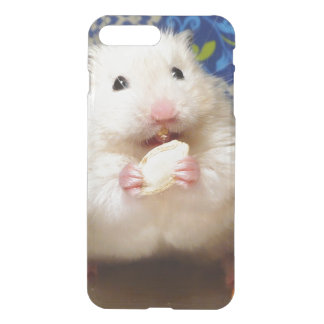 Fluffy syrian hamster Kokolinka eating a seed iPhone 8 Plus/7 Plus Case