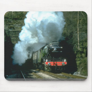 Flying Scotsman caught between tunnels at Barons W Mouse Mat