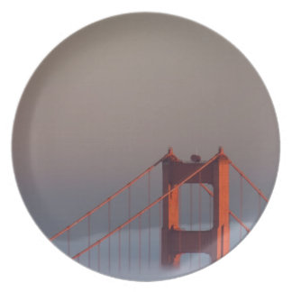 Fog rolls through the San Francisco bay covering Dinner Plate
