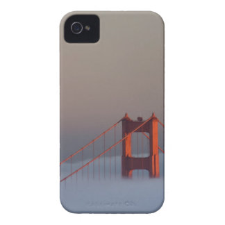 Fog rolls through the San Francisco bay covering iPhone 4 Case-Mate Cases