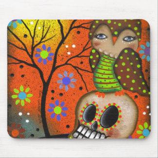 Folk Art Day Of The Dead By Lori Everett Mouse Mat