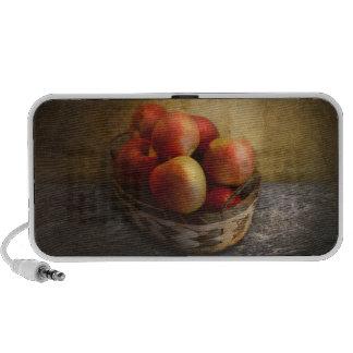 Food - Apples - Apples in a basket Travelling Speaker