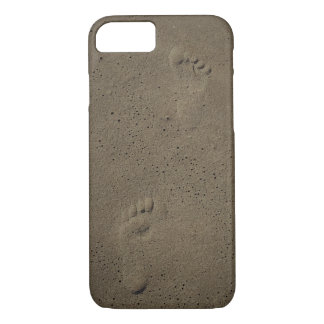 Foot Prints In The Sand at Virginia Beach iPhone 8/7 Case