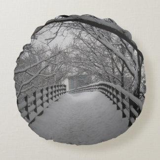 Footbridge Round Cushion