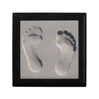 Footprints in the sand gift box