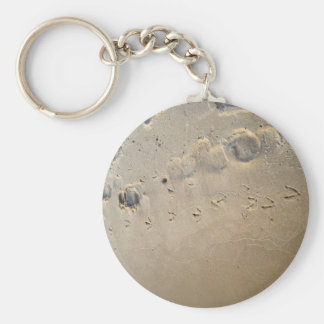 footprints on the beach basic round button key ring