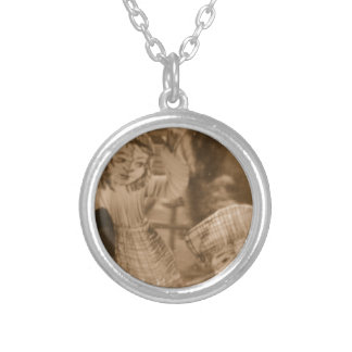 forest life personalized necklace