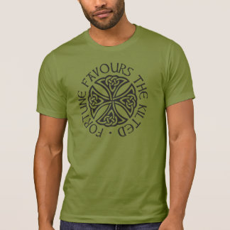 Fortune Favours the Kilted - green T-Shirt