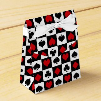 Four card suits favour box