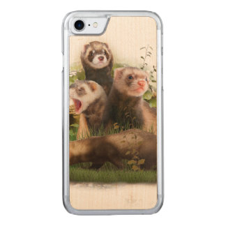 Four Ferrets in Their Wild Habitat Carved iPhone 8/7 Case