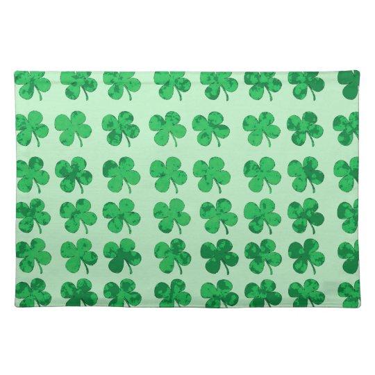 Four-leaf clover place mats