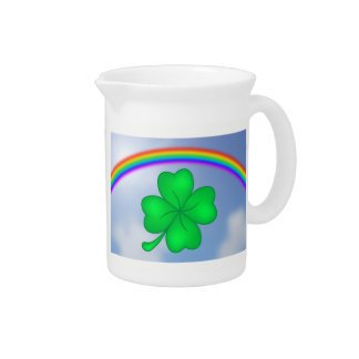 Four-leaf clover sheet with rainbow pitcher
