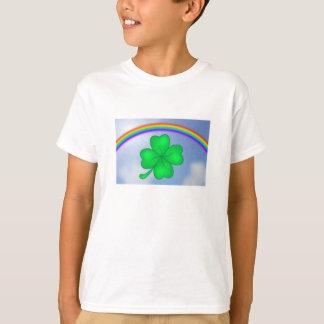 Four-leaf clover sheet with rainbow T-Shirt