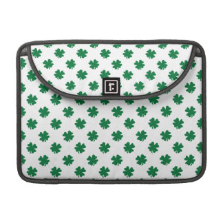 Four leaf clovers in green sleeve for MacBook pro