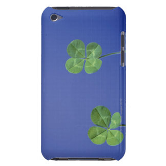 Four-leaf clovers iPod touch cover