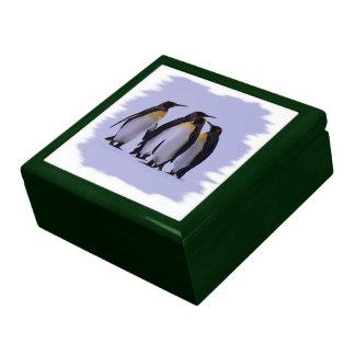 Four Penguins Gift Box 7.125
