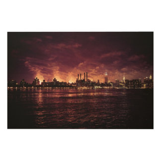 Fourth of July Fireworks behind Manhattan Wood Print