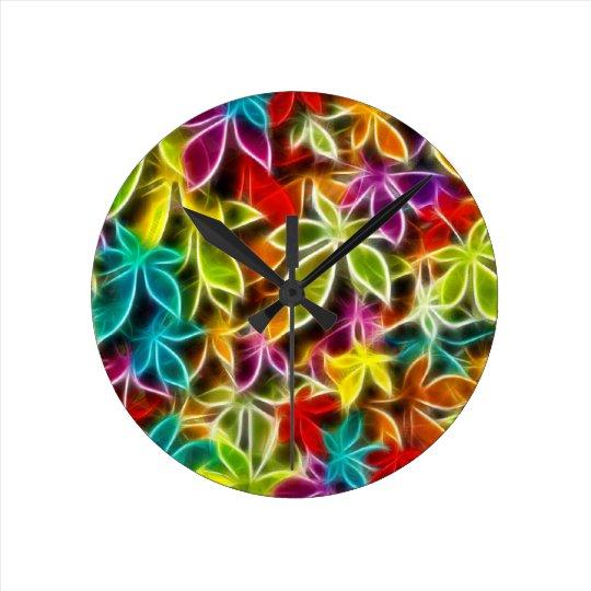 Fractalius leaf design round clock