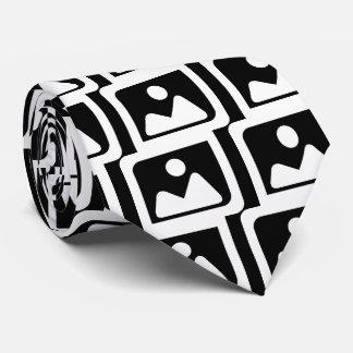 Frame Images Minimal Tie