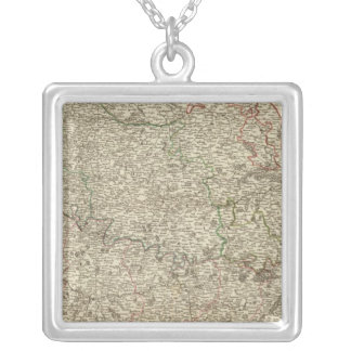 France 5 silver plated necklace