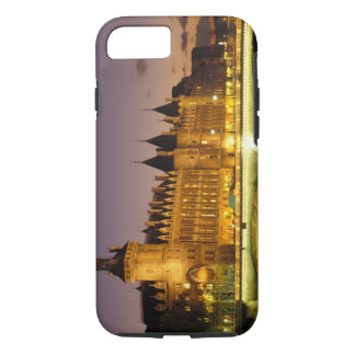 France, Paris, Conciergerie and river Seine at iPhone 8/7 Case