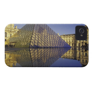FRANCE, Paris Reflection, Pyramid. The Louvre iPhone 4 Case-Mate Case