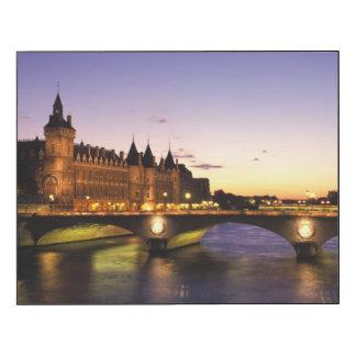 France, Paris, River Seine and Conciergerie