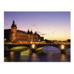 France, Paris, River Seine and Conciergerie at
