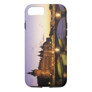 France, Paris, River Seine and Conciergerie at iPhone 8/7 Case