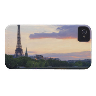 France,Paris,tour boat on River Seine,Eiffel Case-Mate iPhone 4 Cases