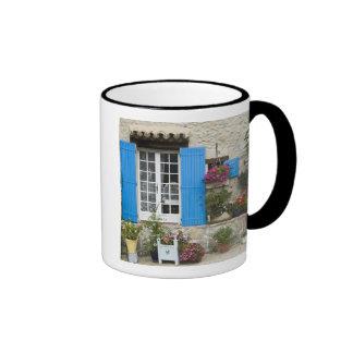 France, Provence, Saint-LÈger-du-Ventoux. Mugs
