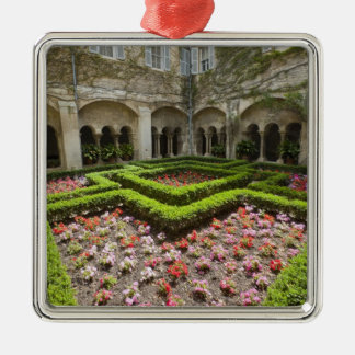 France, Provence, St. Remy-de-Provence. Garden Christmas Ornament