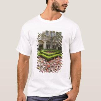 France, Provence, St. Remy-de-Provence. Garden T-Shirt