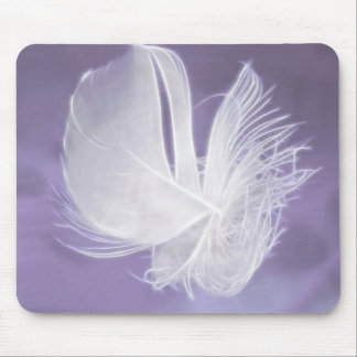 Free Falling feather on purple background Mouse Pad