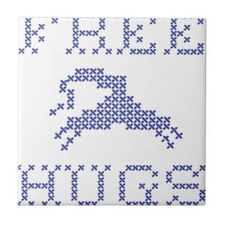 Free hugs alien tile