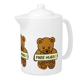 Free Hugs Teddy teapot