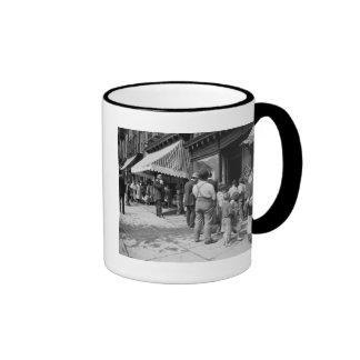 Free Ice in NYC 1900 Coffee Mug