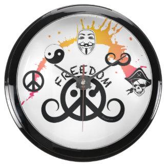 """Freedom fishbowl clock (10""""dia; origin/minisplash) aquarium clocks"""